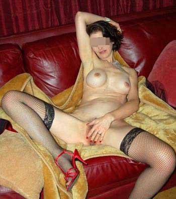 Femme mature sur Thionville pour un jeune mec très musclé