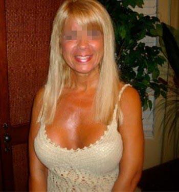 Femme mature sexy recherchant un mec de moins de 30 ans sur Villeneuve-d'Ascq