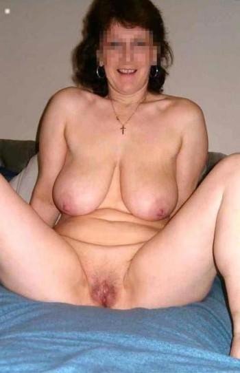 Femme cougar à Courbevoie pour une rencontre sexy