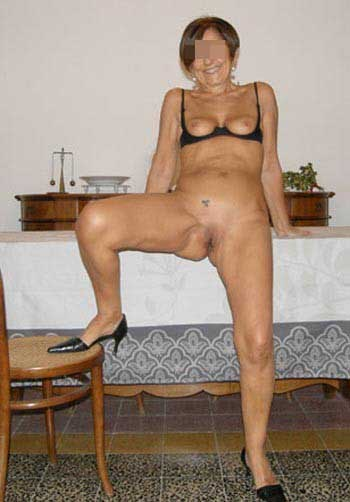 seins femme mature roanne