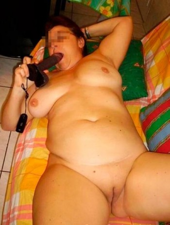 Je cherche un mec jeune et sexy sur Issy-les-Moulineaux pour une bonne baise