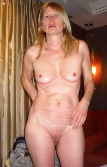 Femme cougar en manque sur Versailles pour une aventure sexuelle