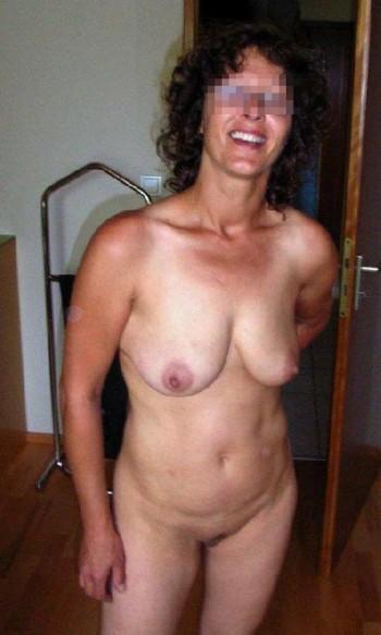 Femme mature avec des gros seins pour un plan baise à Joué-lès-Tours