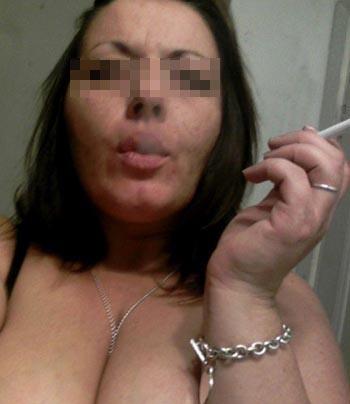Relation basée sur le sexe avec une femme cougar sur Suresnes
