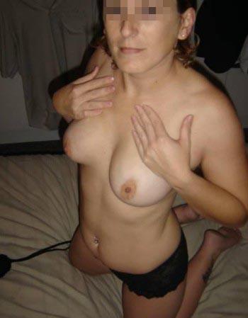 Cougar sexy à Caluire-et-Cuire recherchant un jeune mec