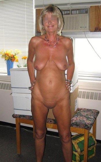 Femme âgée sur Épinal veut rencontrer un jeune aimant le sexe