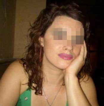 Jolie femme mature à Saint-Étienne recherchant un jeune homme pas trop vilain