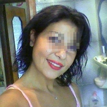 Femme mature salope à baiser violemment à Avignon