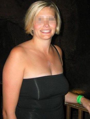 Belle cougar voulant rencontrer un jeune homme aimant le sexe sur Toulon