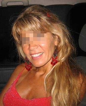 Jolie femme cougar veut rencontrer un jeune homme à Pau