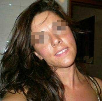 Femme cougar recherche un homme de 18 à 25 ans à Orléans
